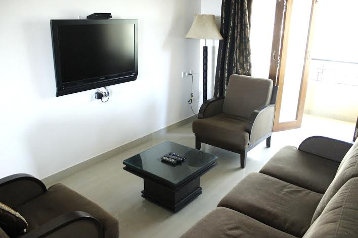 Fully furnished room in 3BHK apart