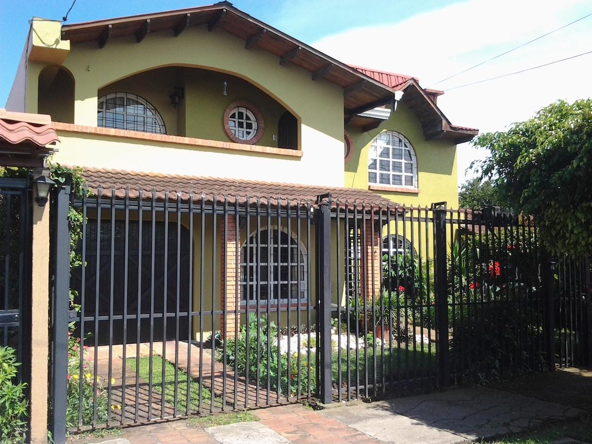 Rocio's Mist House