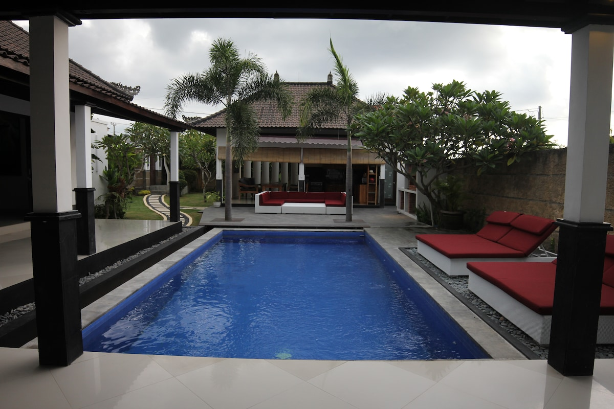 Villa Tiga 3Br nice and cozy canggu