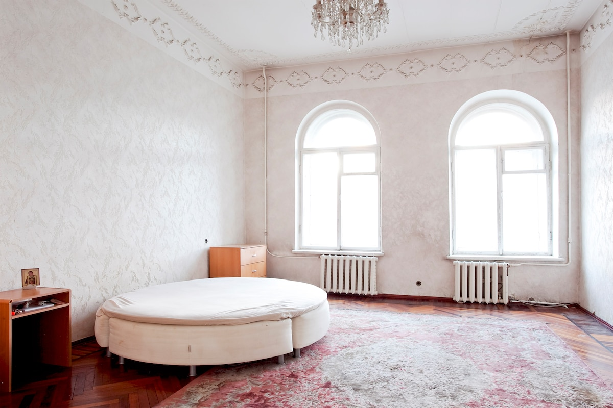 2 huge rooms,View,Historical center