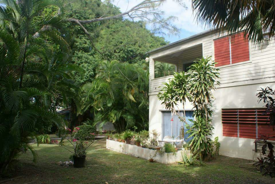 3 blocks from beach only $50/nt