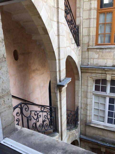 Escale au coeur du vieux Bordeaux
