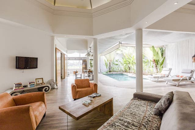 Elegant Close-to-Beach Sanur Villa