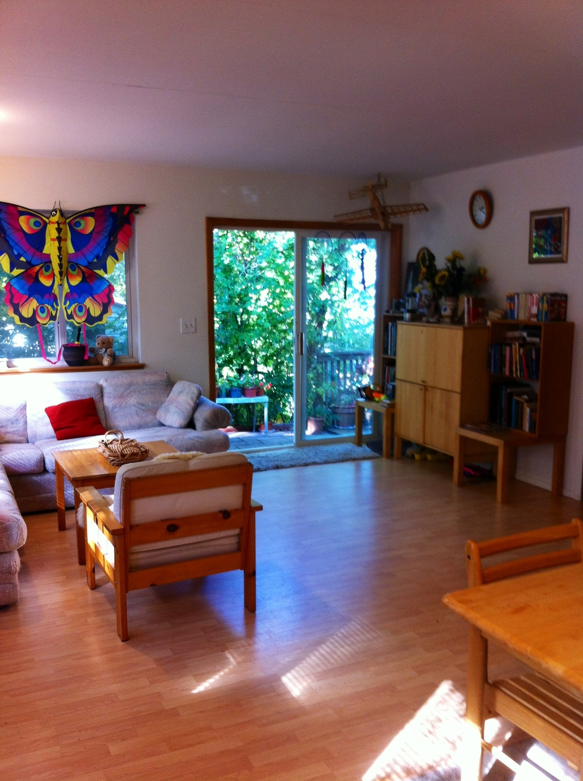 Cozy Water View Cottage (Sleeps 5)