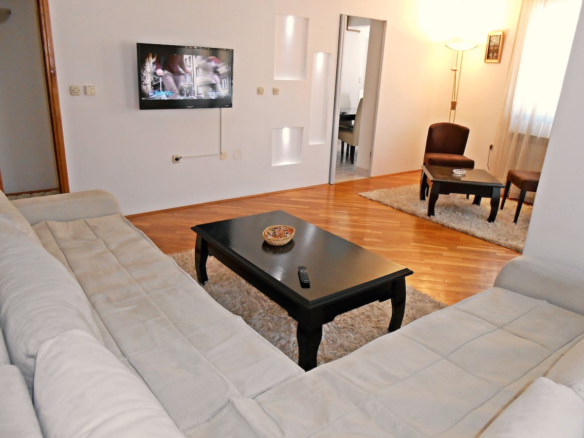 Apartment For Rent , Old-Town