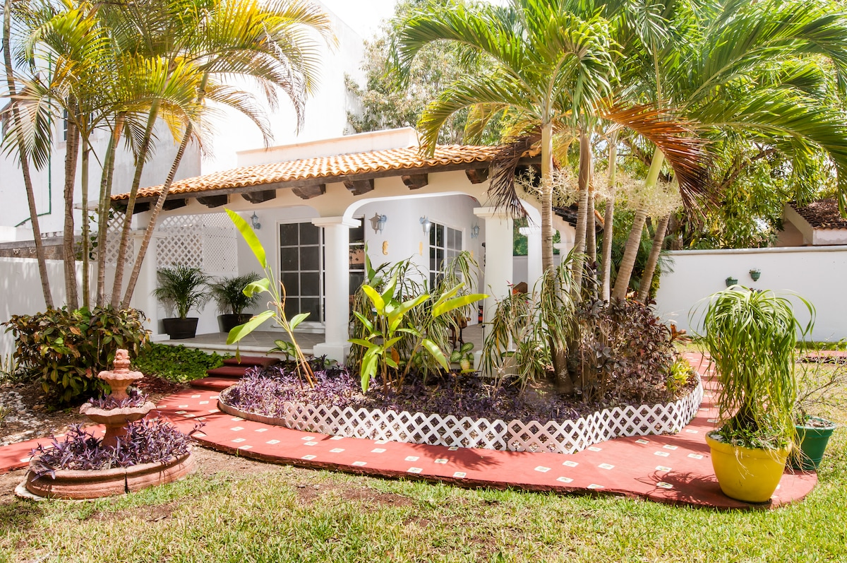 Private Bungalow & family contact