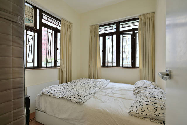 Cozy 1BR, near WanChai MTR and tram