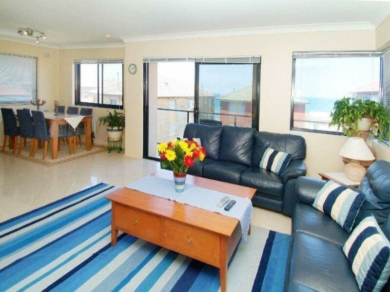 MAROUBRA BEACH UNIT SEA VIEW