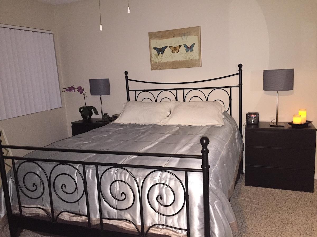 Room In La Costa /Ponto Beach
