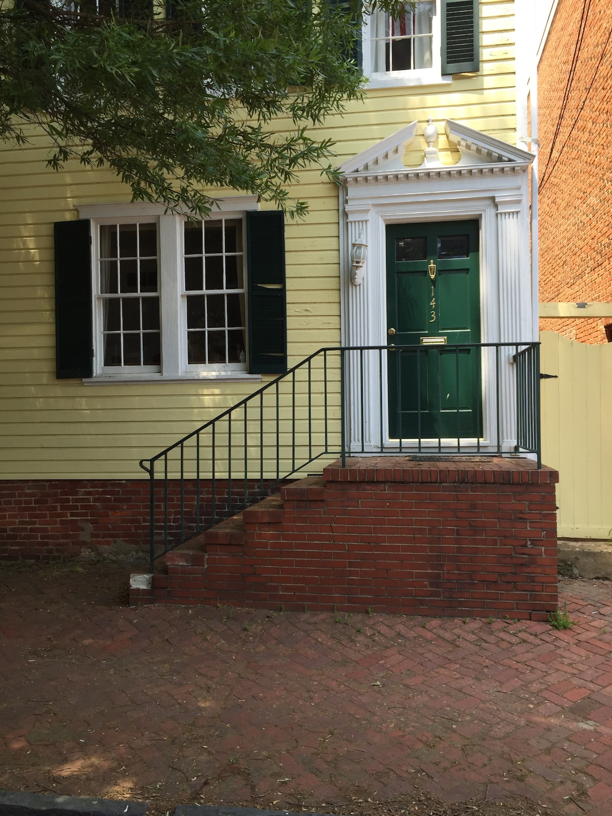 Private bed/bath historic Annapolis