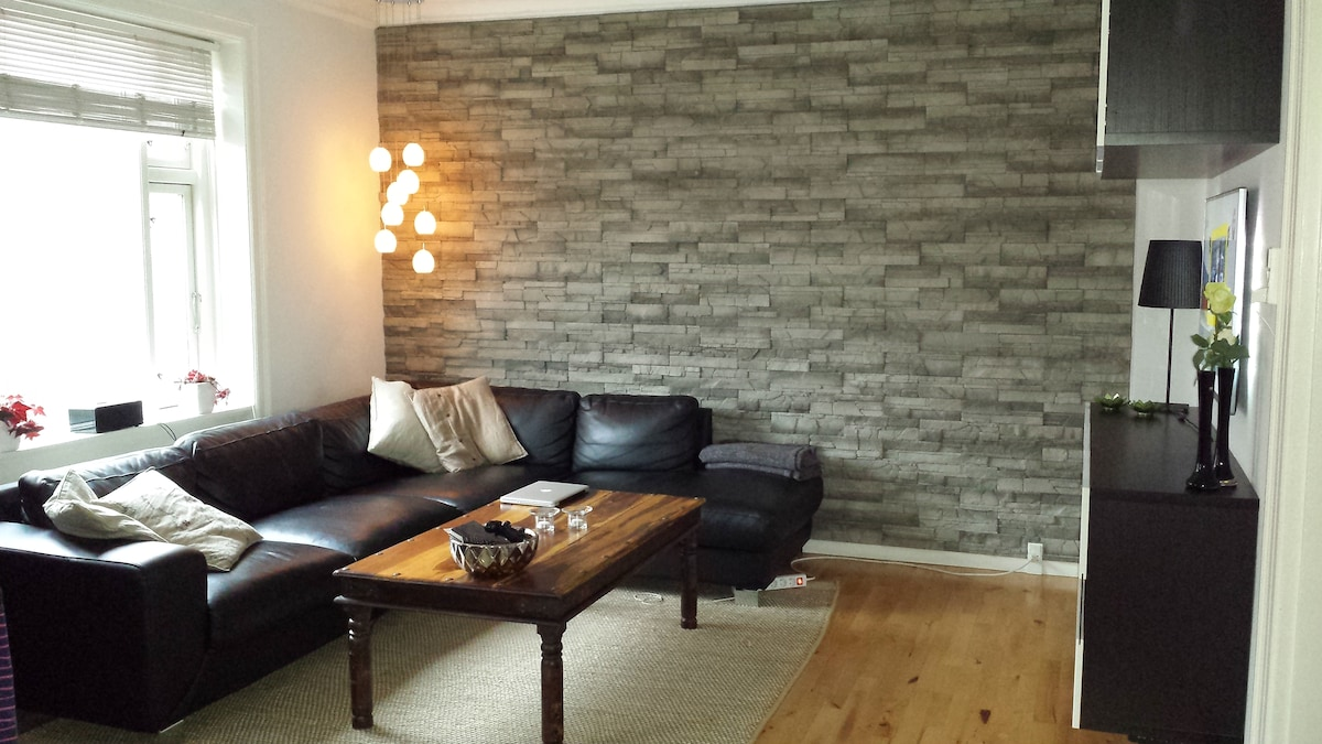Modern apartment -raw & cozy style