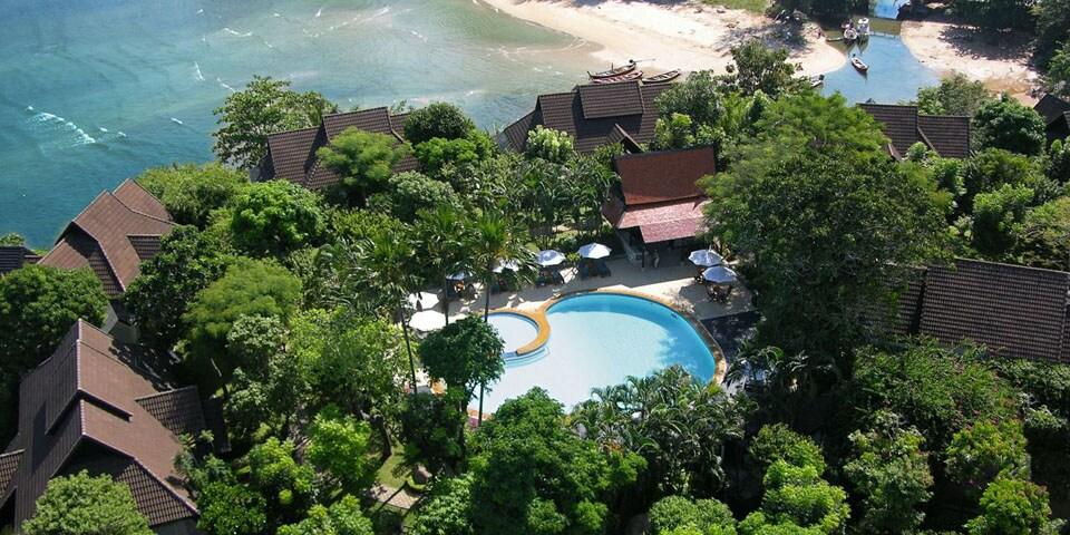 Absolute ocean front villa