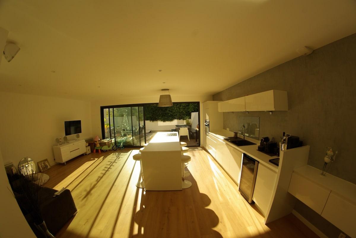 Petite maison Calme et ensoleillée