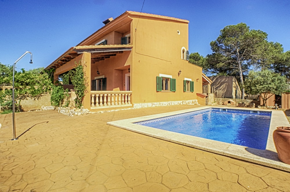 Villa Dolphin with swimming pool