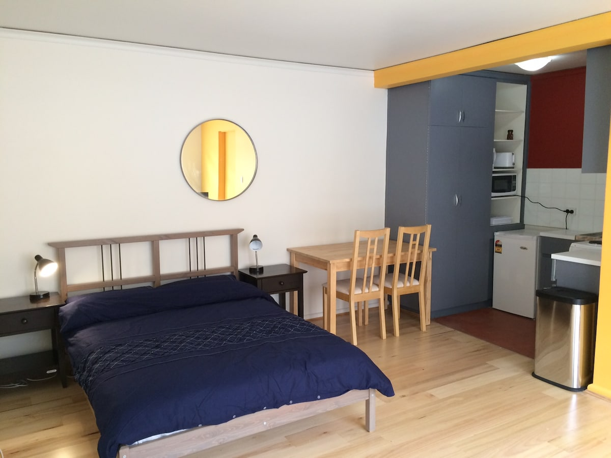 NEW UNIT WITH INTRO PRICE +CAR PARK