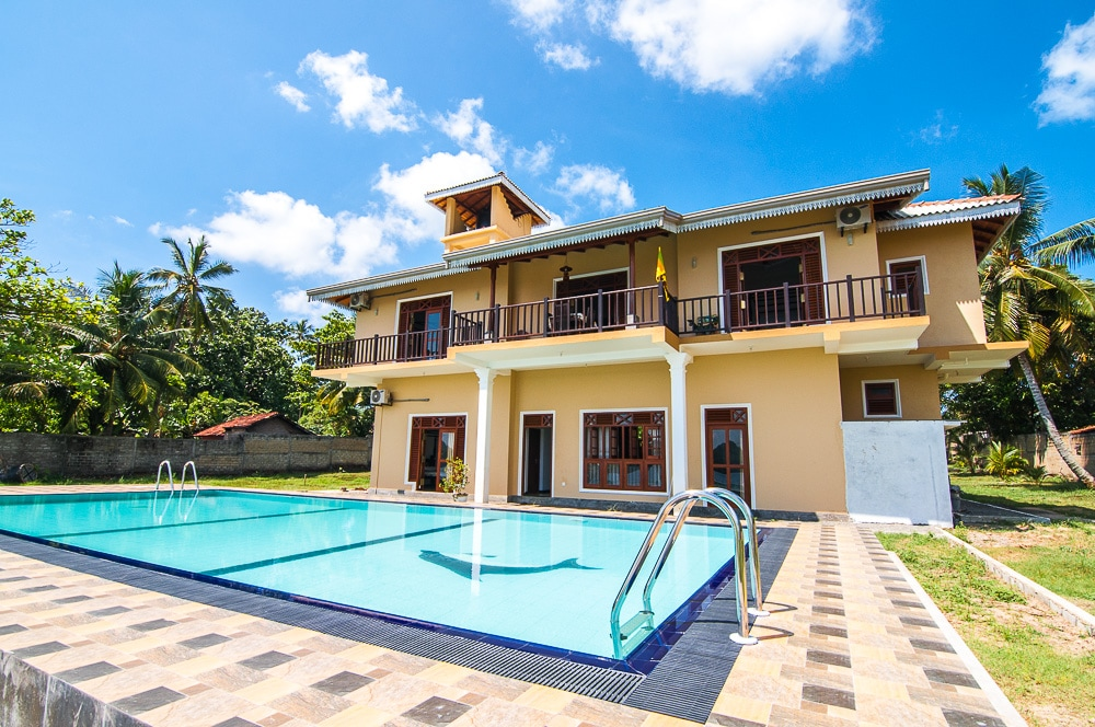 New build villa with swimming pool