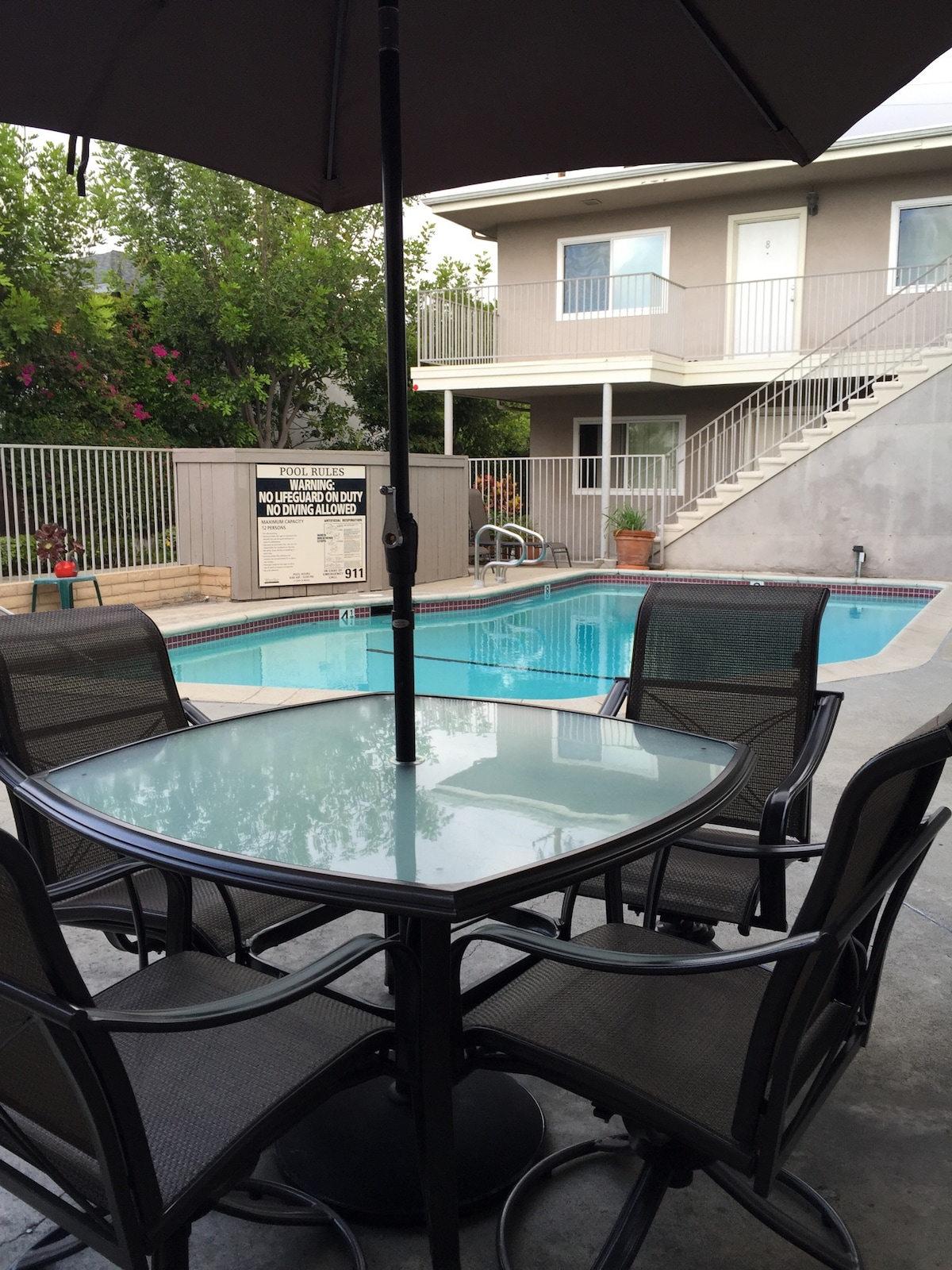 Comfortable 1Br, 2 miles from beach