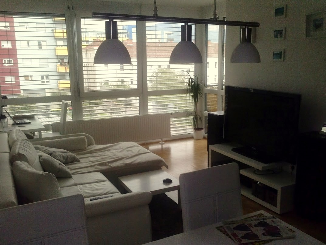 Bright&Sunny apartment near centre