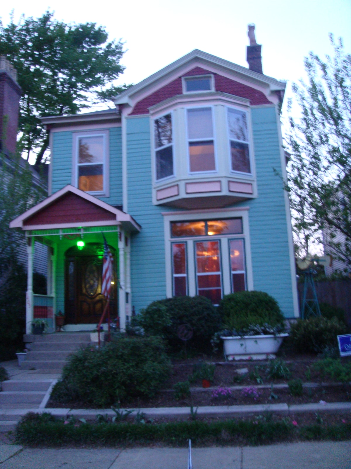 Louisville's Painted Lady: 110 yrs!