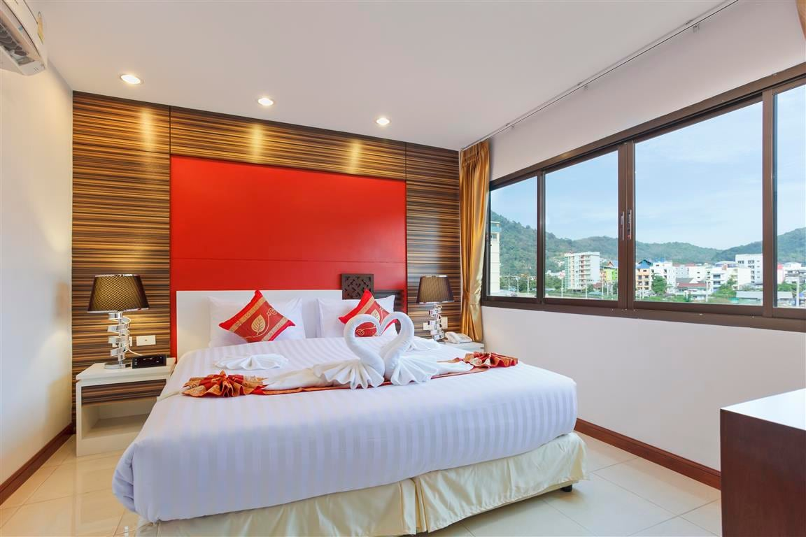 Patong Max Value SuperiorWithWindow