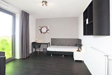 Furnished room, close to centre