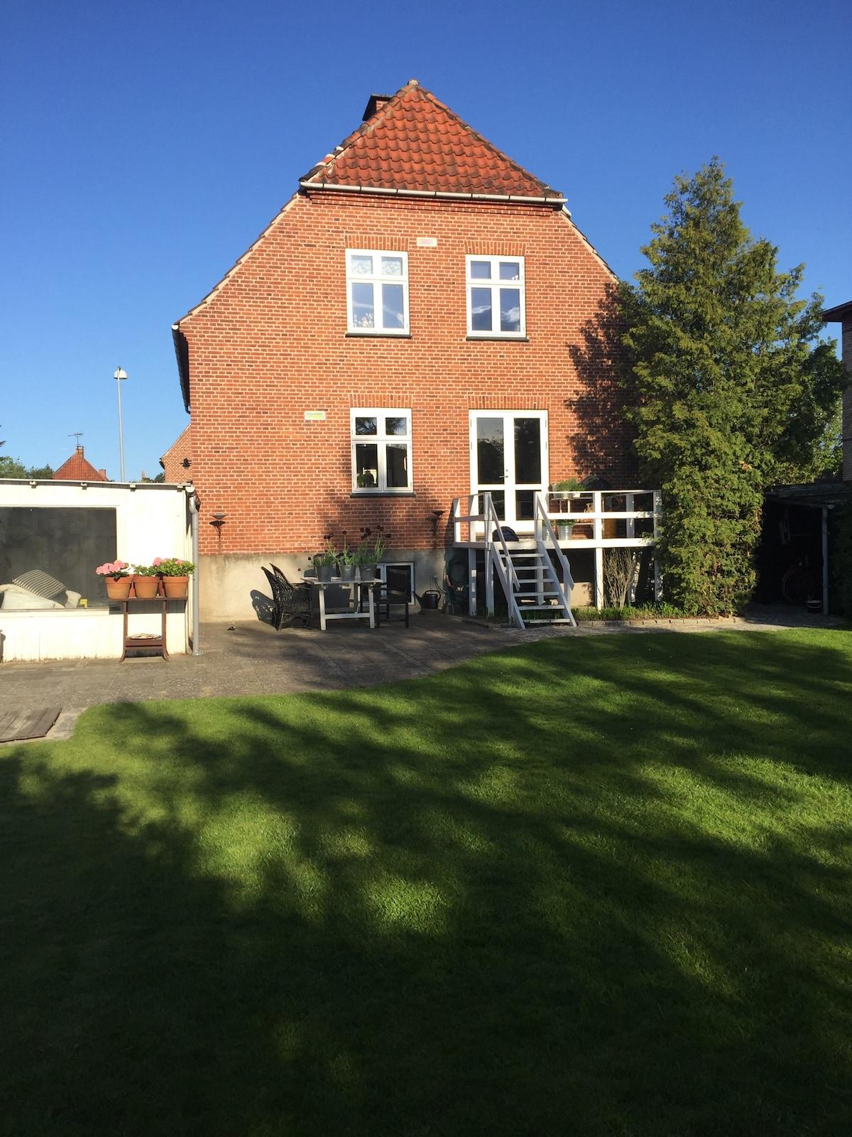Charming villa near center in Køge