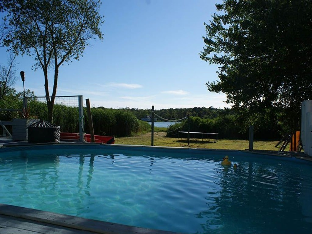 Waterfront/Boaters delight,,w/pool