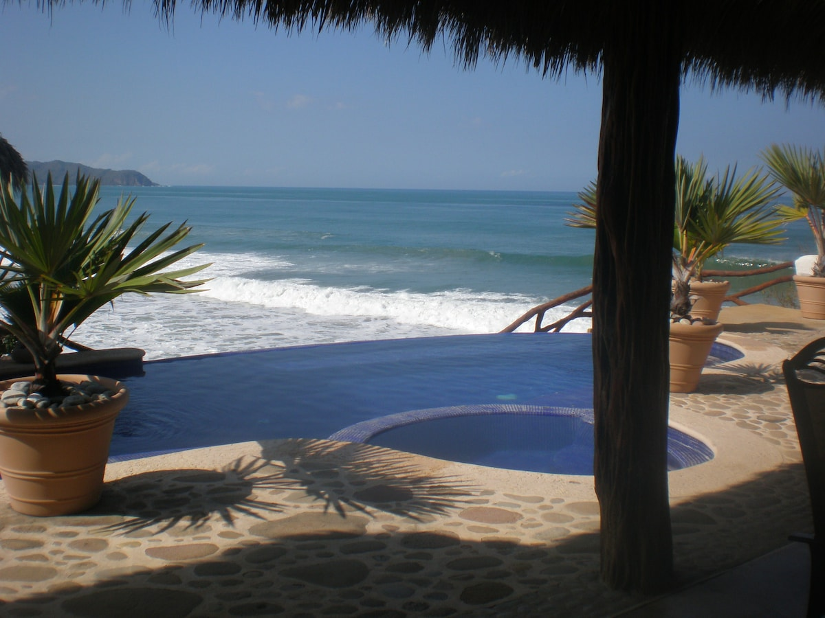 Stunning View to  Ocean from Infinity Pool and Terrace