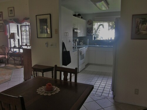 Perhaps you would prefer your morning coffee/tea, in your room, or the alcove off the kitchen, on the Lanai, in the garden...the possibilities are numerous.