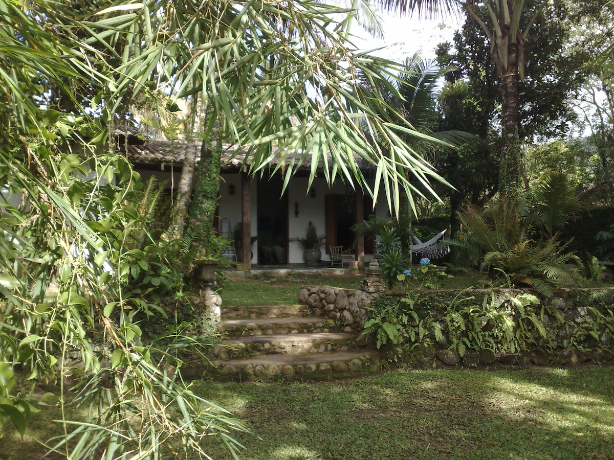 Barra do Sahy /Lovely Beach House
