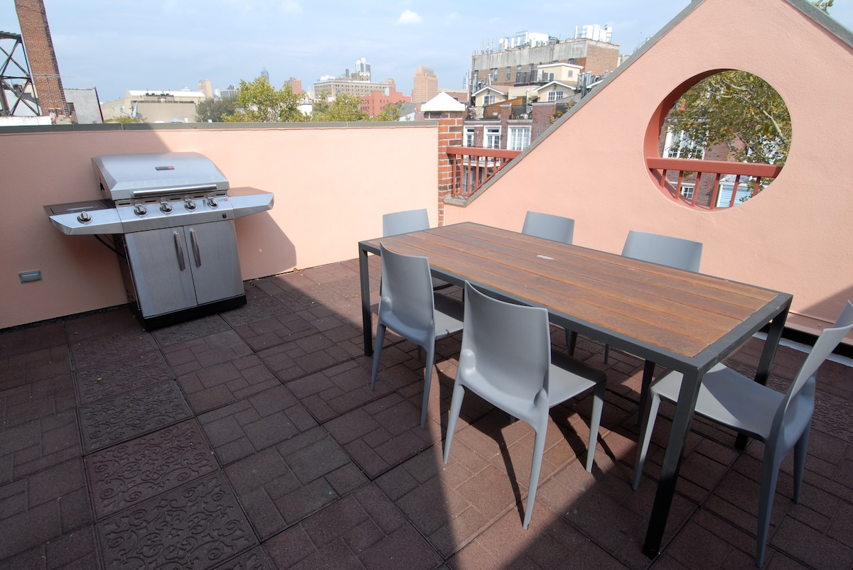Roof Terrace and BBQ
