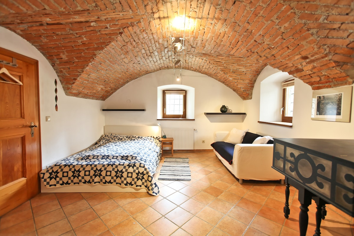 2 Lovely rooms in Salzburg centre!