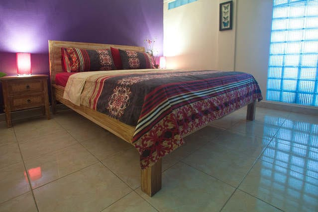 Air Conditioned Bedroom with Queen Size Bed, is a very cosy room, with great mood lighting..