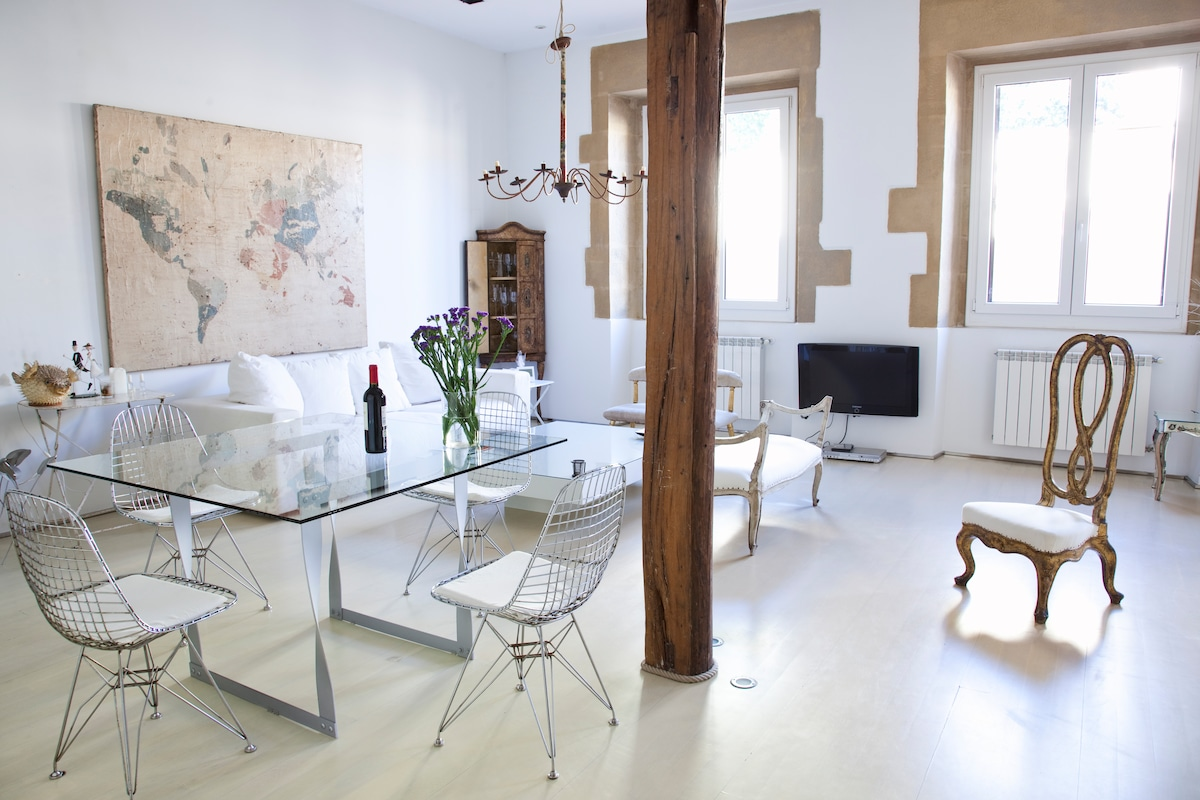 ★BEST LOCATION OLD TOWN-LUXURY LOFT