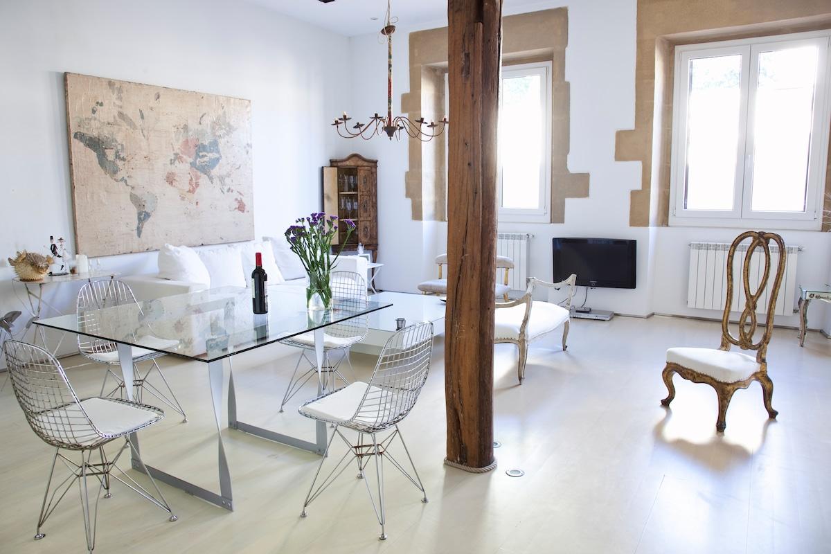 Spain vacation rentals short term rentals airbnb for Studio 54 oviedo