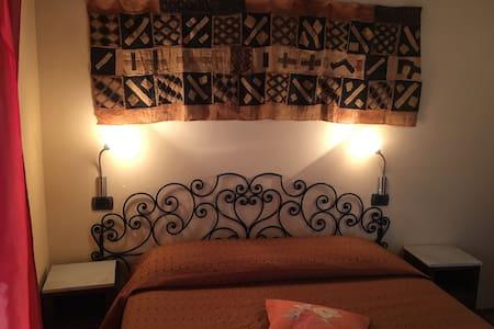 Aromatario, Appartamento nel cuore delle Langhe - Borgonovo - Annat