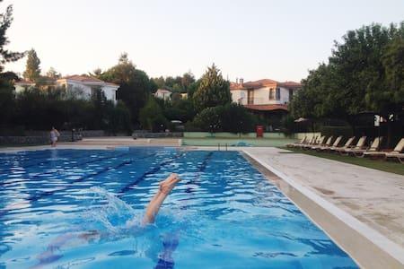 Charming & Cosy Villa in Urla - House