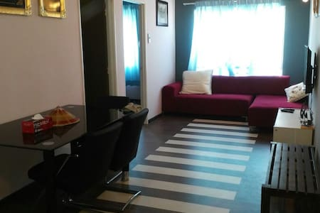 HOMESTAY CAMELLIA COURTS Persiaran Impian Putra - Kajang - Apartmen