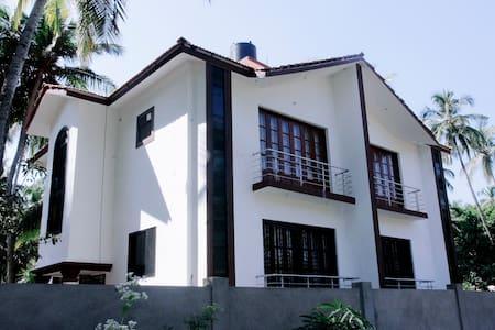 Amazing 2BHK duplex villa at Morjim - Morjim