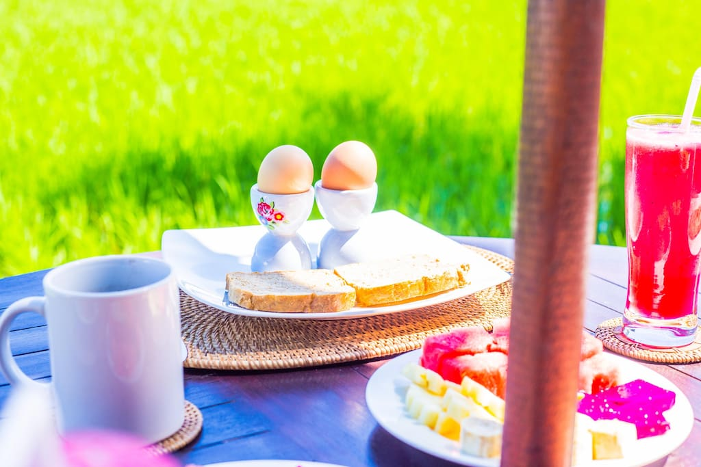 Enjoy delicious breakfasts each morning made to order