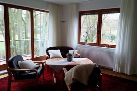 Großzügige Ferienwohnung in OHZ - Huis