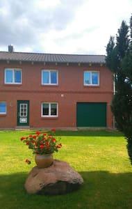 Modernes Haus auf dem Land - Barkhagen
