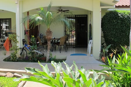 Unique Condo in a Tropical Oasis - Coco - Condominium