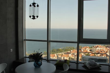 Luxury apartment with amazing sea view. - Apartment