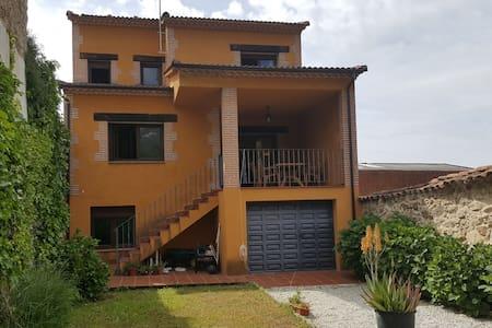 Pretinnes house - House