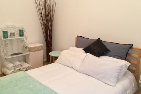 Crisp, Clean & Close to the City - Balmain - Appartement