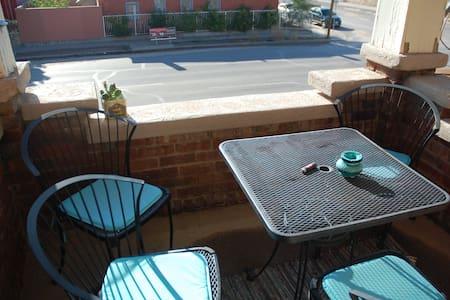 Cute/Clean Apartment Near Downtown - El Paso