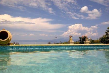 Villa with an amazing sea view - Pefkochori