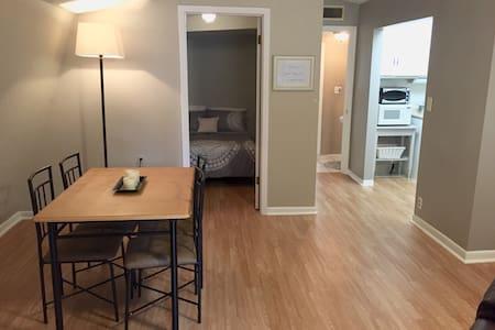 Spacious Apartment in Sarasota, FL - Sarasota