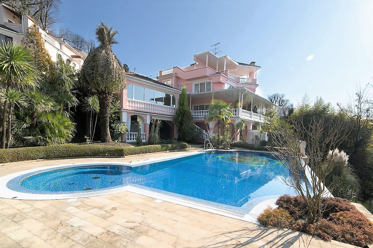 Rent a house by the sea in Padua Prices